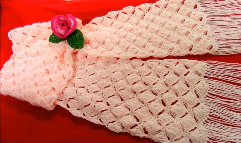 Bufanda fácil en crochet - punto conchas de abanico - GanchilloGanchillo