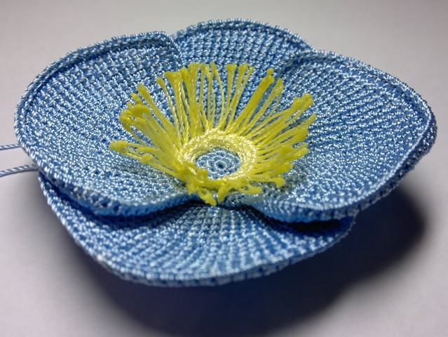 flor en crochet azul (19)
