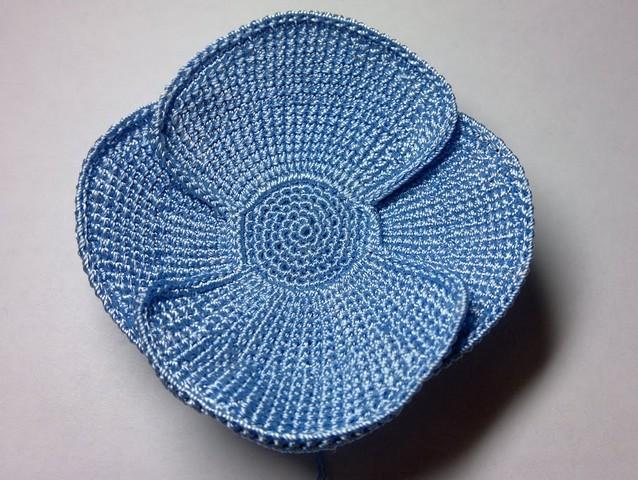 flor en crochet azul (8)