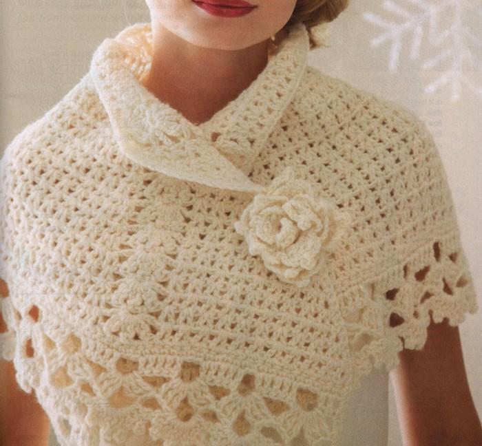 Bellissimo Poncho tejido a crochet - con patrones - GanchilloGanchillo