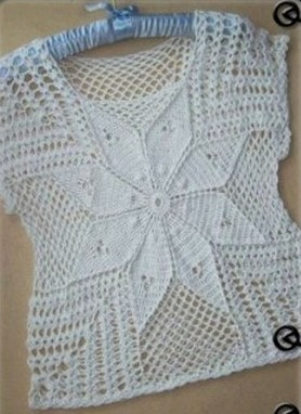 blusa-con-flor-en-crocheyt-10